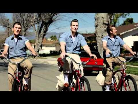 "The Baseballs: ""Hello"" (Official Video)"