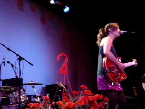 """""""Picture Show""""~Dawn Landes 10/17/09"""
