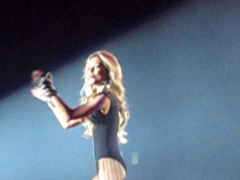 HQ ! Britney Spears The Circus Tour Belgium - DJ Havana Brown - PART 1