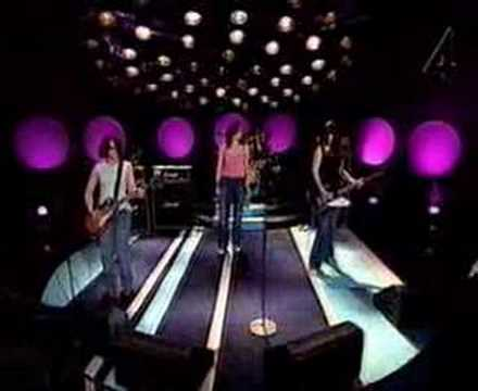 The Donnas - Take It Off (Luuk 3-21-03)