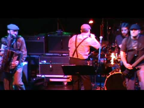 Brick Top Blaggers - Tell Me Ma (Live at Galaxy Theatre NYE 2010)