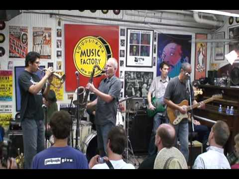 The Iguanas @ Louisiana Music Factory JazzFest 2009 - Pt 1