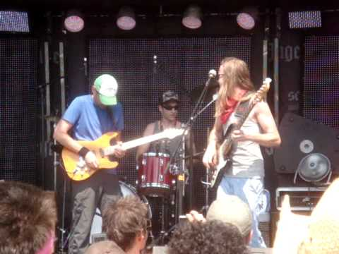 The Macpodz with Jake Cinninger @ Summercamp 5-29-10
