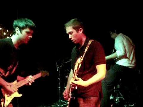 TMR @ CBRs 6/20/09 - Hypnotized (guitar solo)