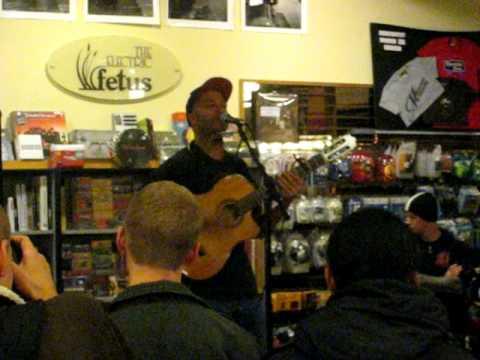 Tom Morello: The Nightwatchman-RNC Talks + Guerrilla Radio-Electric Fetus, Minneapolis, MN