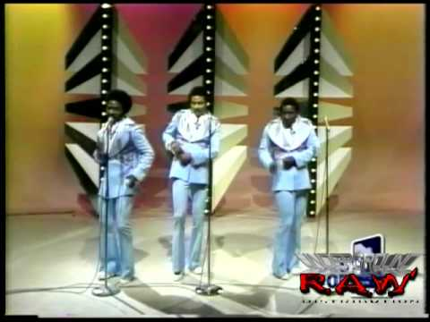 The Ojays - For The Love of Money LIVE, 1974!!
