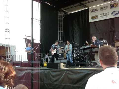 The Radiators- Sitting on top of the World Crawfish Festival 2009 w/ Tab Benoit