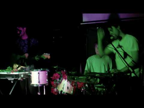The Ruby Suns - Cranberry (Live)
