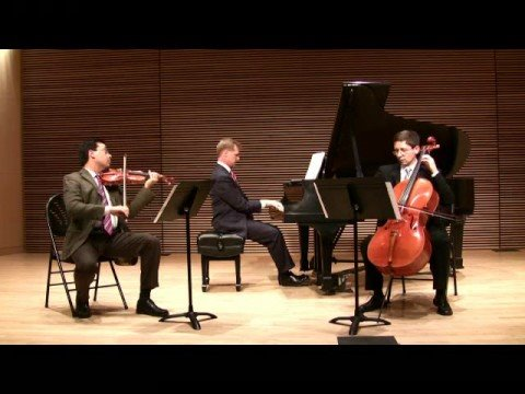 Saint Michael Trio: It Ain`t Necessarily So (Gershwin)