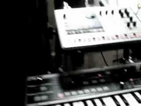 Daft Punk w/ Logic 8, MIDI & EA-1