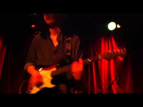 Smith Westerns - Weekend (Live in Montreal 2011)