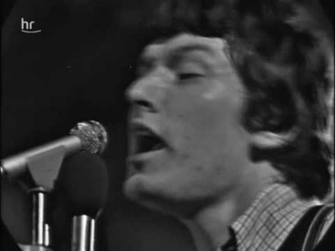 The Spencer Davis Group (feat. Steve Winwood) - Keep On Running (1966)