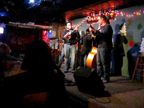 """the Travelin` McCourys: """"My Brown Eyed Darling."""" (12.09.09)"""