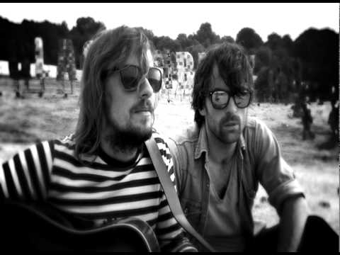 The Travelling Band - `The Horizon, Me and You`