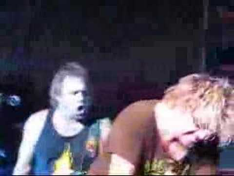 SAMMY HAGAR AND THE WABOS PLUS MICHAEL ANTHONY 11/11/07 PT4
