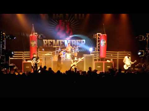 A Day To Remember - All I Want (BRAND NEW SONG)(LIVE HD)