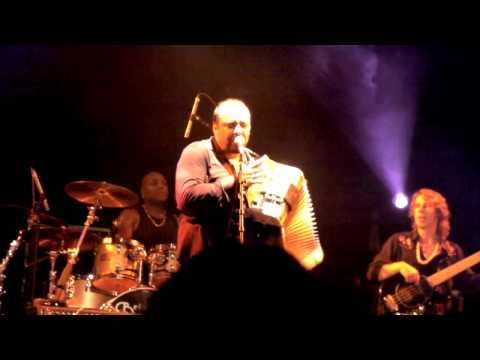 Terrance Simien `500 Miles` live at Bluesfest Byron Bay 2009
