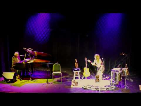 """On Your Way Down"" live at Le Petit Theatre"