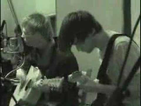Radiohead - There There (Live Acoustic) - 20/6/2003