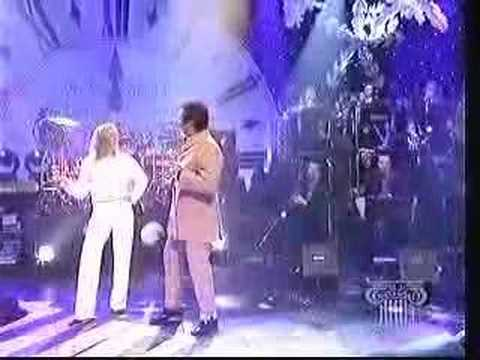 Tom Jones & Cerys Matthews - Baby It`s Cold Outside (Live)