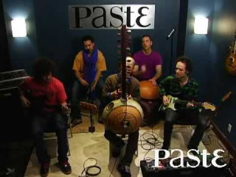 "Toubab Krewe - ""Maliba"" Live at Paste"