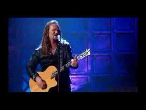 Travis Tritt - I`m gonna be somebody (live)