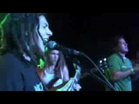 "Tribal Seeds - ""Vampire"" / Pipeline Cafe (Oahu, HI) - 9/20/08"