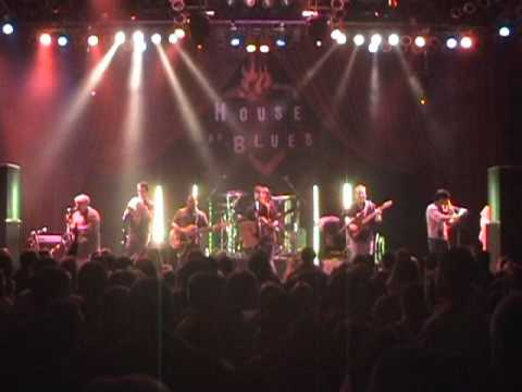 Trippin` Billies Live @ Chicago HOB Shake Me Like A Monkey