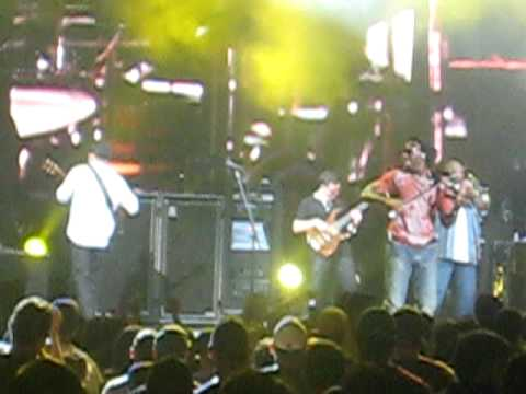 "Dave Matthews Band ""Trippin Billies"" 7/22/09 Jones Beach"