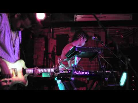 Twin Shadow | Slow (Live) | Mercury Lounge | 8.17.10
