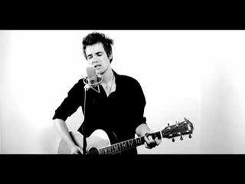 Tyler Hilton -Picture Perfect (LIVE)