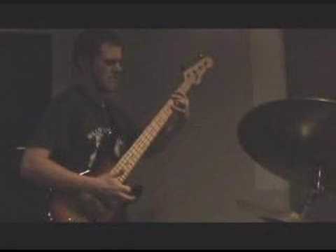 Progressive Rock jam session - guitar bass drum shredding