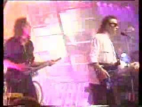 Ultravox - Dancing With Tears in my Eyes - TOTP 1984