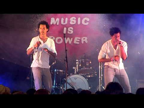 Rizzle Kicks - Youth Music @ Underage Festival