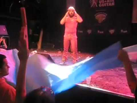 William Ocean - 2009 NYC Air Guitar Regional