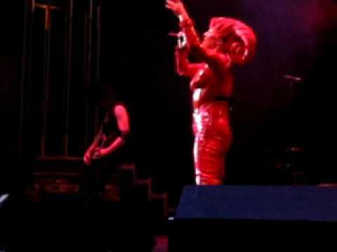 """Vampires Rock-Toyah Live """"Lesser God"""""""