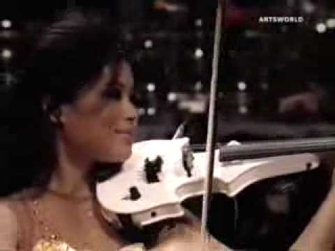 Vanessa-Mae plays Classical Gas Raggae