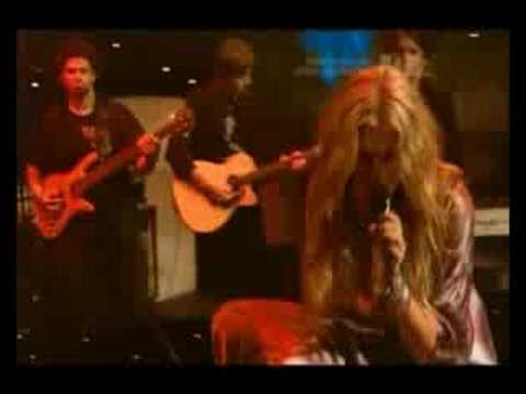 Delta Goodrem: Black Velvet (Live @ Max Sessions)