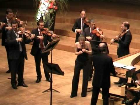 Vivaldi: Concerto for sopranino recorder C Major RV 443 - Anna Fusek