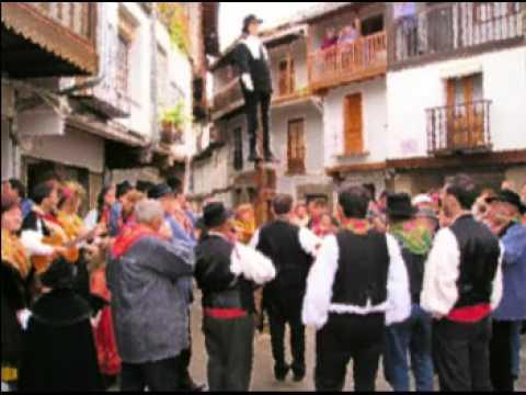 Ronde�a de T�o Sebasti�n y Luisa Cantes del Pueblo II