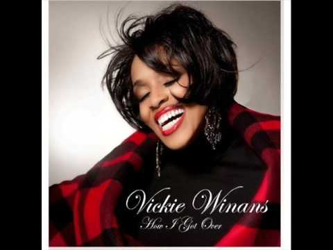 "VICKIE WINANS NEW SINGLE ""HOW I GOT OVER"" 2009 Praise Break"