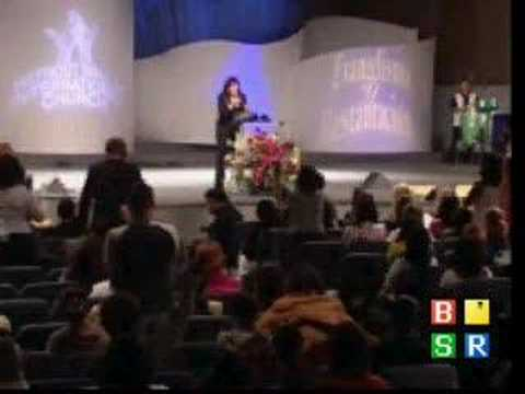 Praise Break | Vickie Winans