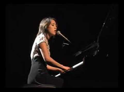 "Vienna Teng Live - ""Gravity (Lake Version)"""