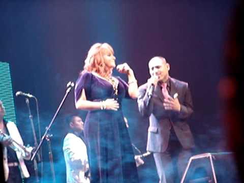 Jenny Rivera y Espinoza Paz, Cantando a Dto. El Proximo Viernes, Cuanto Amoorrrr....!!!.MPG