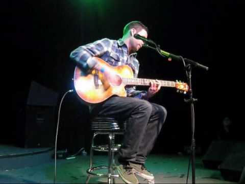 Vinnie Caruana - The Drinking Song (LIVE HQ)