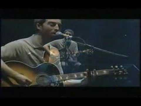 Noel Gallagher Oasis wonderwall LIVE RARE 2002