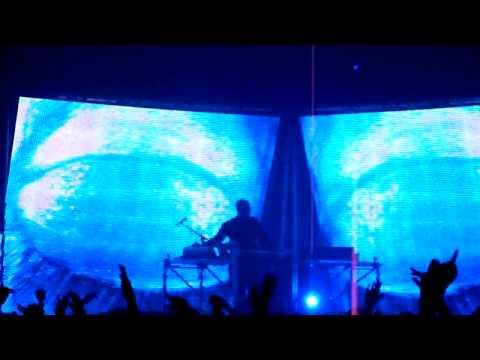 Vitalic - Anatoles [V-Mirror Live] @ Printemps de Bourges 2010