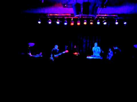 "Volcano Choir - ""Blue Ni Ni"" (New Song Live @ the Cedar)"