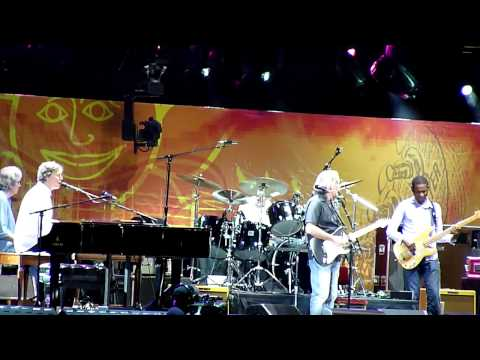 Voodoo Chile-Eric Clapton Steve Winwood Live At 2010 Crossroads Guitar Festival