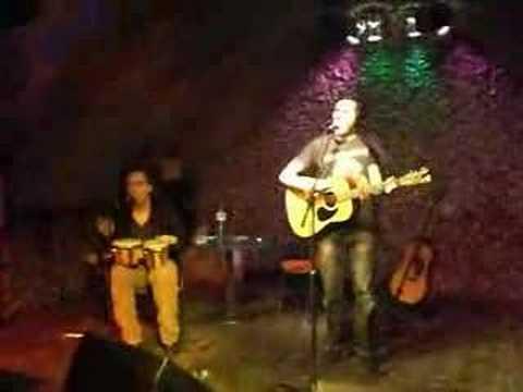 "Olli Schulz and Walter Schreifels singing ""Life is Life"""